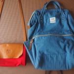 バッグはふたつだけ、気負わずに持てるものを愛用する。