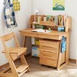 小学校の入学を前に、学習机は必要ですか?